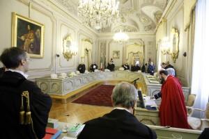 """M5s scrive a Renzi: """"Per Corte Costituzionale Modugno, Nicolai e Besostri"""""""
