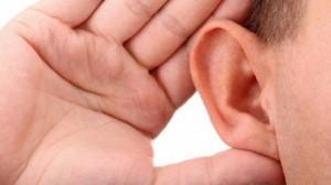 Musica in cuffia, discoteche, stadio: udito a rischio per milioni di adolescenti