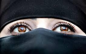 Sesso extramatrimoniale per musulmani: le nozze a tempo della escort Kamillah