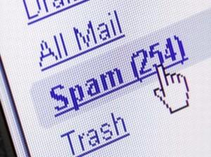 Email non salvano l'ambiente: 8 inquinano come 1 km in auto