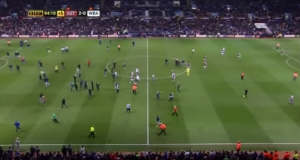 VIDEO YouTube FA Cup, Aston Villa-WBA: invasione di campo, giocatori aggrediti