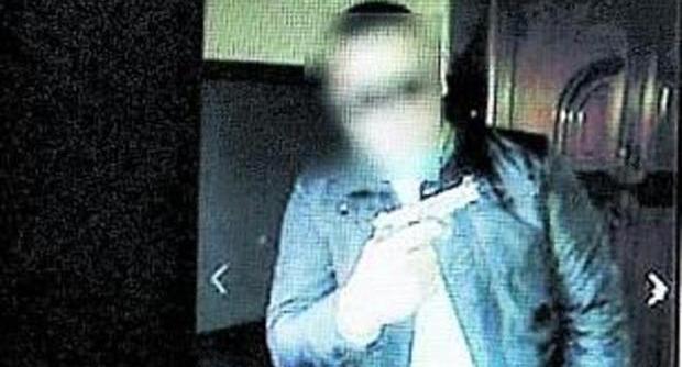 Caserta, Nicole Petrut arrestato per tratta ragazzine: incastrato grazie a FOTO Fb