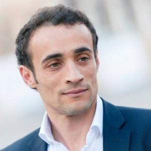 L'Aquila, consigliere Gianni Padovani si finge il gemello per evitare multa...