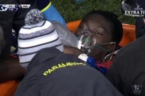 VIDEO YouTube, Gomis sviene in campo durante Tottenham-Swansea