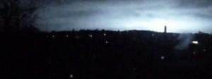 Russia, flash improvviso in cielo di notte a Stavropol