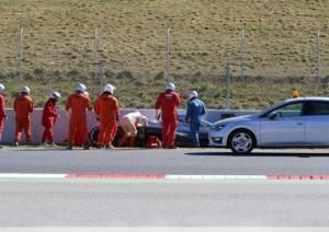 """Fernando Alonso, McLaren sull'incidente: """"Sterzo pesante"""""""
