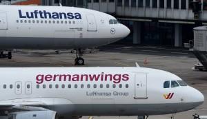Lufthansa, risarcimenti? Legge tedesca: no danni morali, bimbo morto vale meno