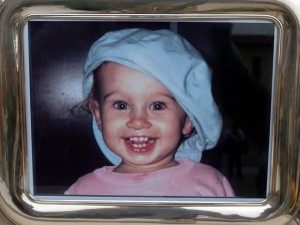 Matilda Borin morì a 23 mesi per un calcio. Nessun colpevole, caso riaperto