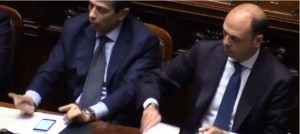 VIDEO YouTube. Maurizio Lupi perde pazienza: corna e vaffa a Di Battista (M5s)