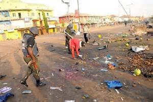 Nigeria, ragazzina kamikaze si fa esplodere al mercato: decine di morti