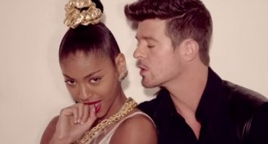 VIDEO YouTube Pharrell Williams-Robin Thicke, Blurred Lines copia Marvin Gaye