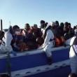 """VIDEO YouTube, Piazzapulita e immigrazione a Lampedusa: """"Uomini o no"""" FOTO 4"""