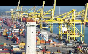 Morte sul lavoro al porto di Livorno, sciopero di tutti i portuali italiani