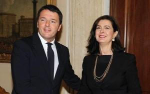 """Renzi contro Boldrini: """"Fa politica, non l'arbitro"""". Replica: """"Difendo Parlamento"""""""