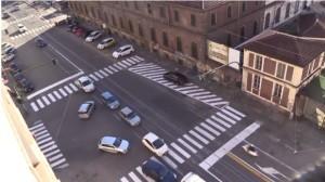 Torino, semaforo spento da 10 anni. Riacceso... per 35 minuti