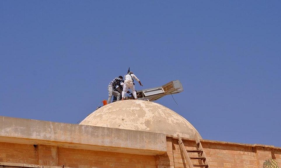 Commento all'articolo Isis, crocifissi e Madonne abbattute: al loro posto la bandiera nera FOTO di Pasquale Rossi