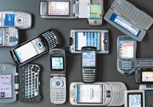 Telefonini e computer, scarseggiano i metalli: bisogna riciclare