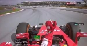 "VIDEO YouTube Sebastian Vettel esulta in radio: ""Sì ragazzi, forza Ferrari"""