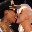 Amber Rose: su Facebook la dichiarazione d'amore per Wiz Khalifa 16