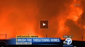 California: maxi-incendio a sudest di Los Angeles, evacuate 200 abitazioni