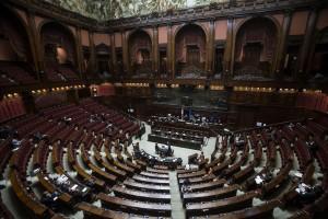 Italicum, la Camera vota la fiducia a Renzi
