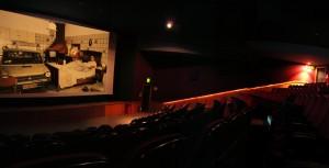 Parigi: al cinema soddisfatti o rimborsati (entro 30 min.) Ti piacerebbe in Italia?