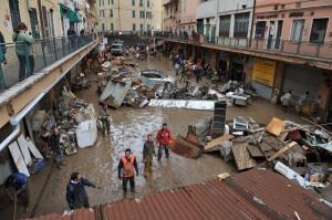 """Alluvione Genova, Procura: """"Uffici chiusi, previsioni sbagliate, scaricabarile"""""""