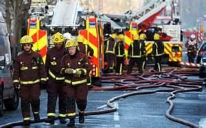 Vigili del fuoco sul luogo incendio