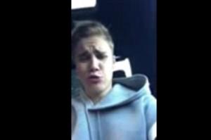 """VIDEO YouTube - Justin Bieber nel traffico di Roma: """"Mamma mia"""""""
