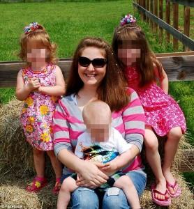 """""""Papà sta uccidendo mamma"""": ma i figli non riescono a salvarla"""
