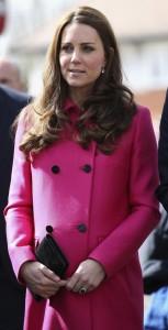Kate Middleton pronta al parto. La clinica deluxe le fa lo sconto del 10%