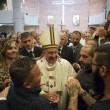 Sylvie Lubamba: papa Francesco le lava i piedi in carcere03