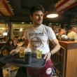 Napoli, M5s: Fico e Di Maio servono pizza per autofinanziamento regionali14