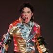 """Michael Jackson pedofilo? Avvocati """"Pagò 200mln $ per silenzio abusi su bimbi"""""""