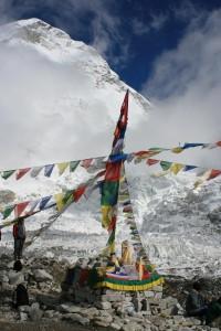 Terremoto. Nepal stritolato, ogni anno si c di 4 centimetri