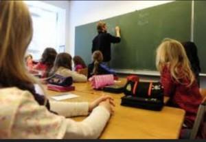 Scuola, sciopero 9-18 aprile: stop alle attività aggiuntive
