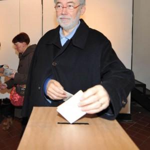 """Genvoa: Sergio Cofferati censurato, sinistra a pezzi, """"sparatoria"""" tra candidati"""