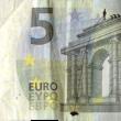 Stefanos, artista che disegna su banconote euro i morti suicidi per crisi FOTO