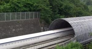 Giappone, treno Maglev veloce come aereo: tocca i 590 km/h