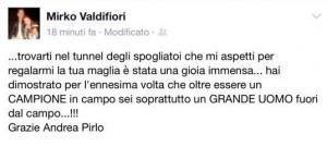 Andrea Pirlo regala a Mirko Valdifiori la sua maglietta. Lui lo ringrazia su Fb