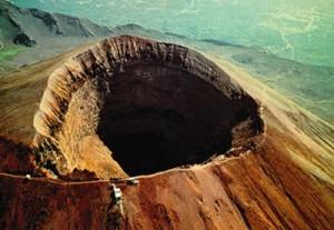 Vesuvio, Protezione civile scrive a comuni: Rischio carichi da cenere, adeguatevi