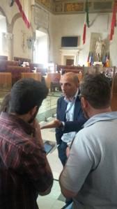 """Consiglio Comune Roma: Marco Pomarici contro presidentessa Balgio: """"Vaff..."""""""