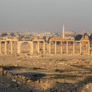 Siria, battaglia per Palmira. Isis si ritira dalle zone conquistate