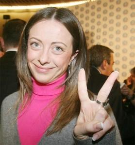 "Giorgia Meloni: ""Renzi vuole vietare i conflitti d'interesse. Bene, ma i suoi?"""