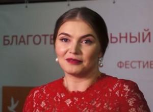 VIDEO YouTube - Alina Kabaeva, amante Putin, ha qualche kg in più: ha partorito?