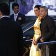 George Clooney e Amal Alamuddin in oro incantano i fan a Tokyo FOTO