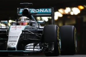 F1 Gp Montecarlo: Hamilton in pole, Rosberg secondo, Vettel terzo. Altra Ferrari sesta