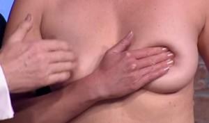 Video YouTube - Autopalpazione al seno: la dimostrazione in diretta tv