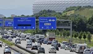 Germania: autostrada a pagamento per gli stranieri dall'anno prossimo