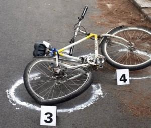 Bici 6 volte più pericolose delle auto: quasi un morto a settimana